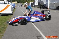 SSK-Serien på Kinnekulle Ring med Formel Renault